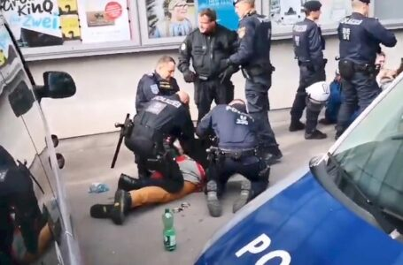 Užas u Njemačkoj: Autom uletio u pješačku zonu, ima mrtvih