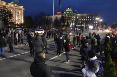 Ugostitelji u Beogradu protestuju zbog pooštrenih mjera za suzbijanje korona virusa