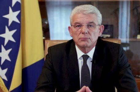 Janša u razgovoru s Džaferovićem demantirao da postoji non-paper koji se može dovesti u vezu s Vladom Slovenije